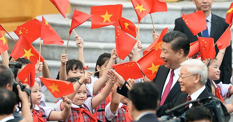 Xi Jinping_Nguyen Phu Trong_Hanoi_Vietnam_Hoang Dinh Nam_Southeast Asia Globe 2018