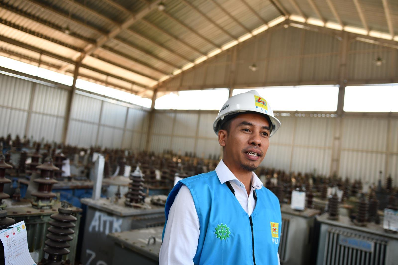 Hamzah Hasanuddin, the PLN area manager for Sumbawa. Photo: Simon Roughneen