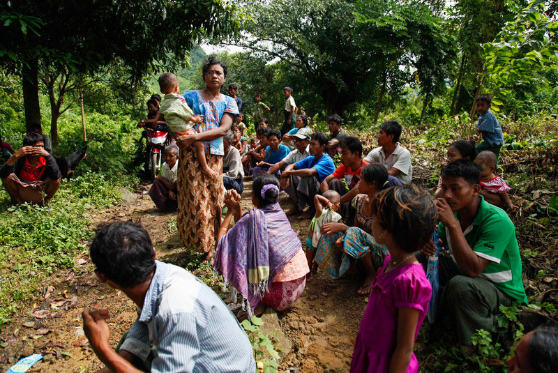 Villagers hide jungle near Maungdaw in Rakhine State near the Myanmar-Bangladesh border in October 2016. Photo: EPA/Nyunt Win