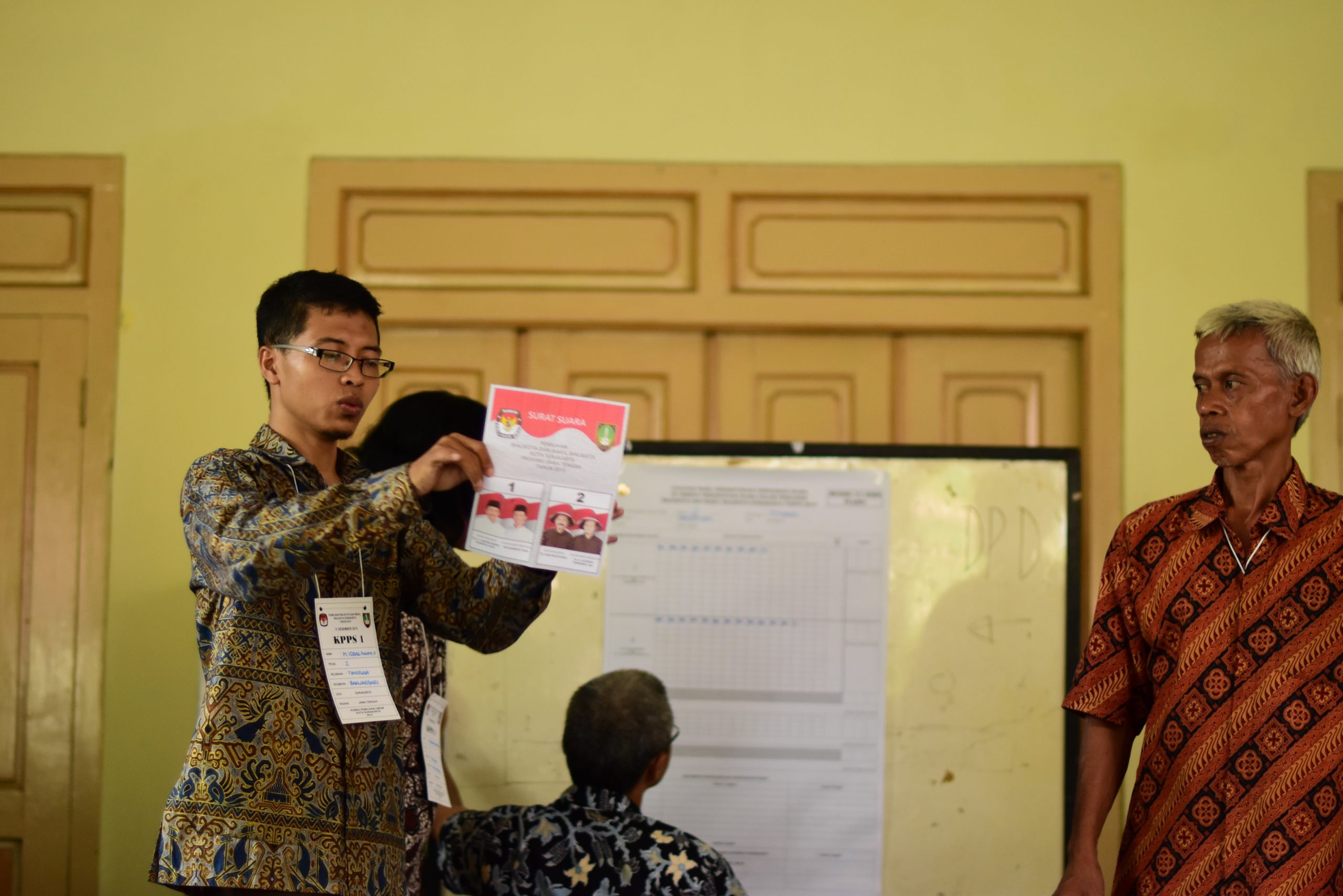 Vote-counting in the Widodo bailiwick of Solo during regional elections held in late 2015. Photo: Simon Roughneen